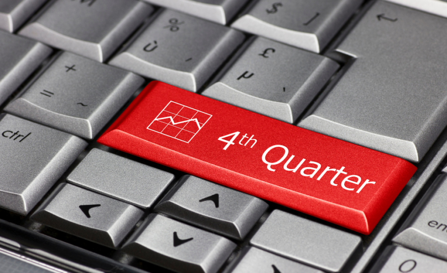 red key on computer with white text that says 4th quarter